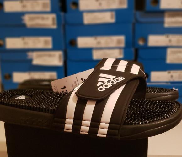 f95ec9d38f3 Adidas Adissage Slides Massage Slides Black 078260